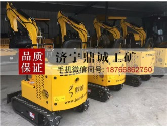 安徽安庆1吨履带式挖掘机 柴油微挖机 迷你果园大棚挖沟机