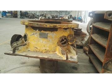 GP100圆锥破碎设备维修