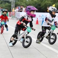 儿童骑行服定制滑步车服儿童小孩套装平衡车竞赛服厂家定做