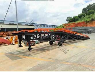 上海移动式液压装卸登车桥直供