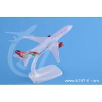 飞机模型波音B777肯尼亚航空静态桌面迷你摆件16cm